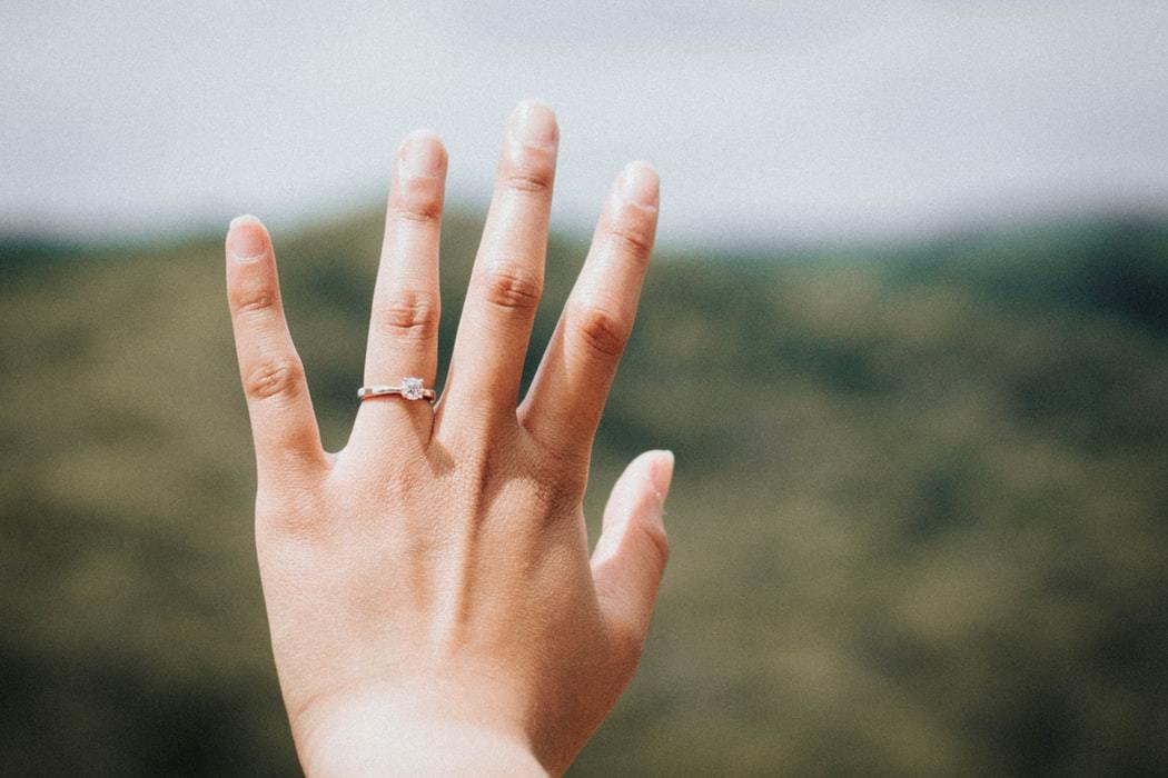 指輪 婚約