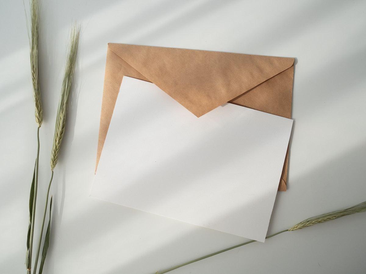 シンプルなメッセージカード