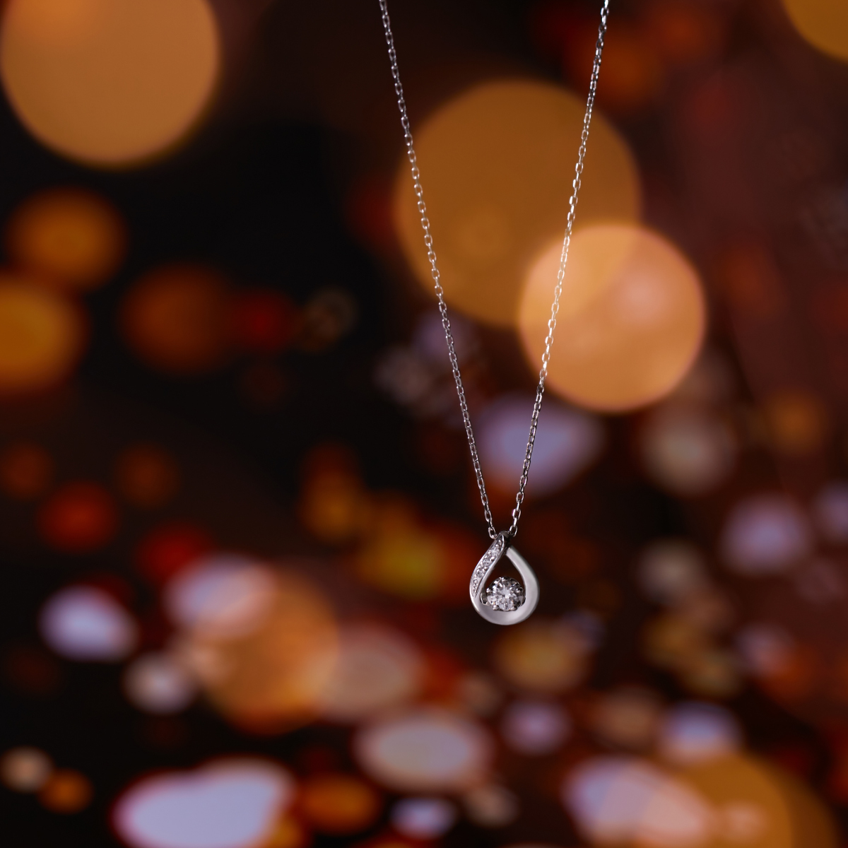 4℃のダイヤモンドネックレス