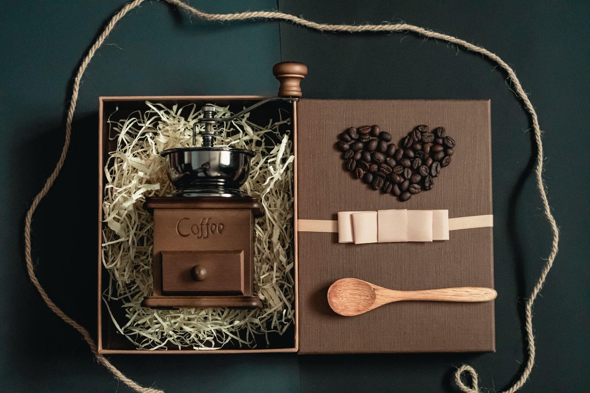 オープンされたコーヒーのギフトセット
