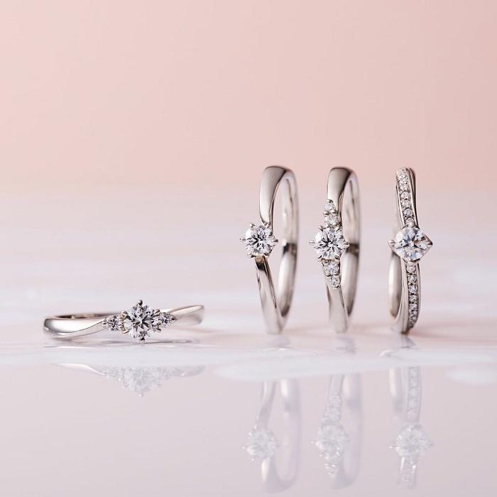 さまざまなデザインの4℃婚約指輪