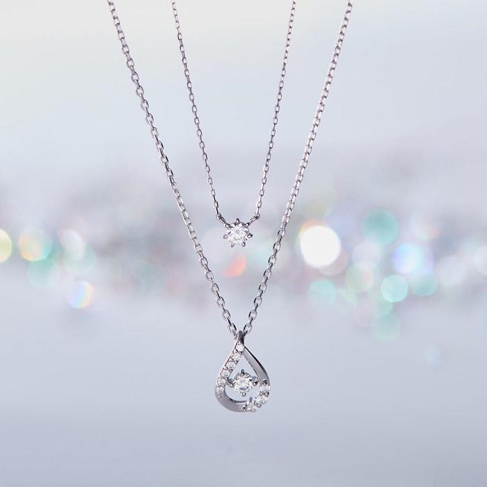 プレゼントに最適な4℃のダイヤモンドネックレス