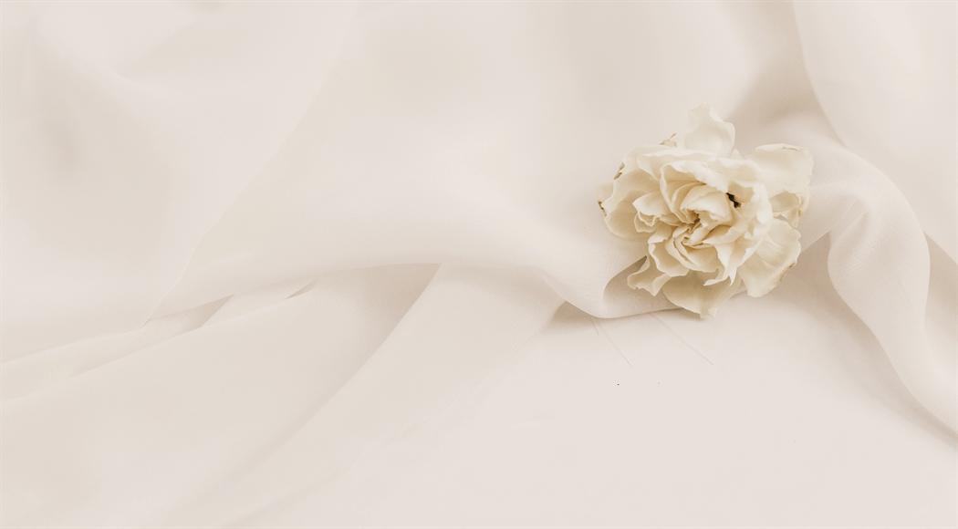 シルク生地とお花