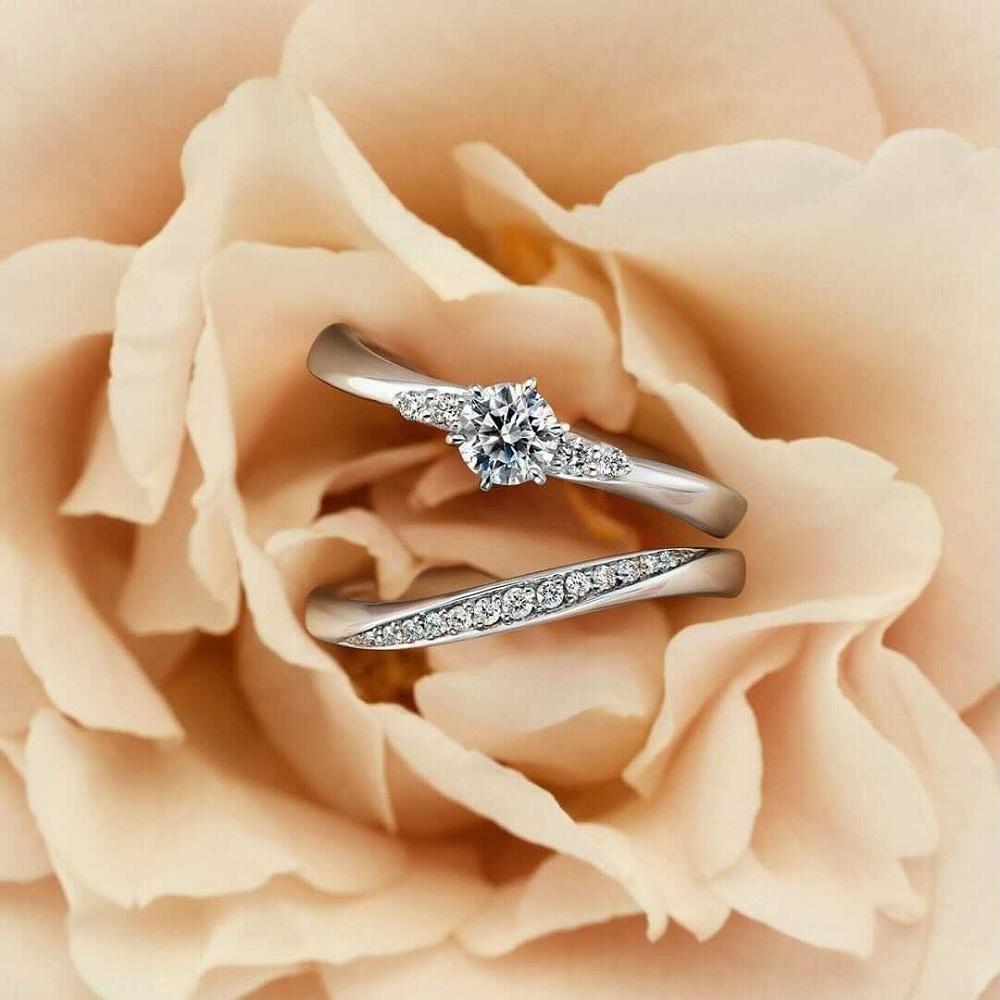 4℃の婚約指輪と結婚指輪