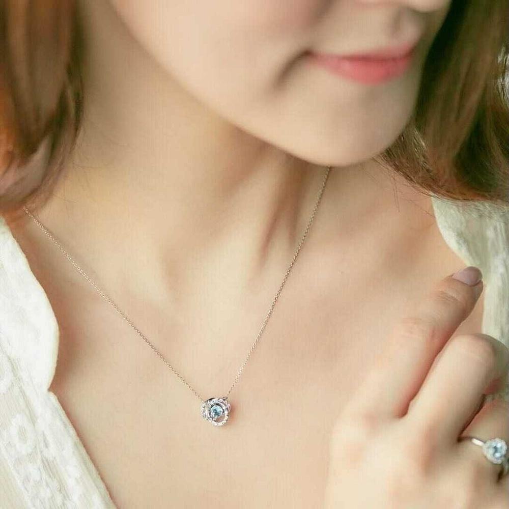 4℃のご褒美ダイヤモンドとアクアマリンのネックレス