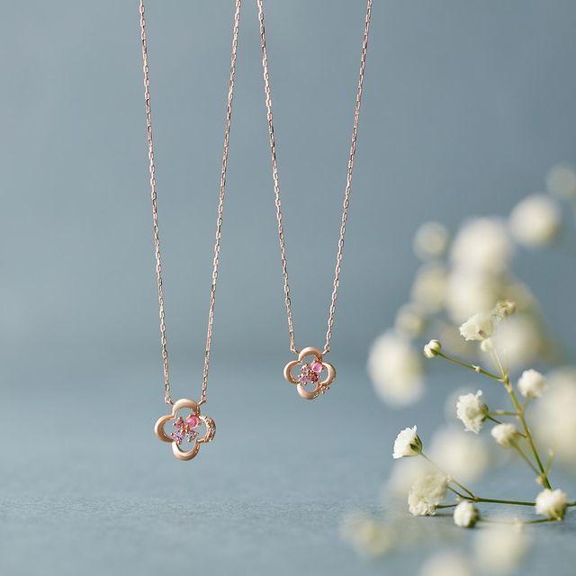 4℃のFlower Motif Jewelry