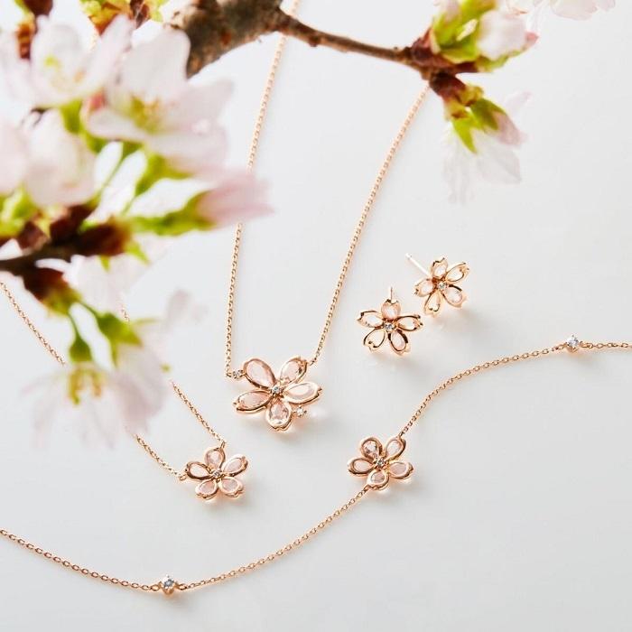 4℃の桜ネックレス